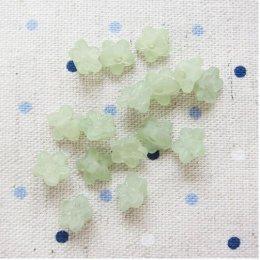 ลูกปัด ดอกไม้เล็กสีเขียว 20 เม็ด