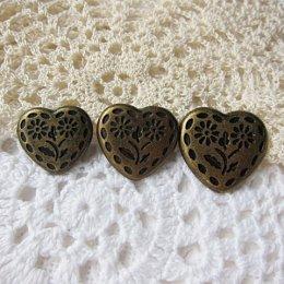 กระดุมโลหะรูปหัวใจ สีทองเหลือง (2 เม็ด/แพ็ค)