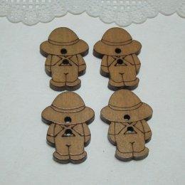กระดุมไม้ รูปน้องแซม (4 เม็ด/แพ็ค)