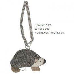 ชุดอุปกรณ์เย็บที่เก็บกุญแจ Hedgehog Key holder By Yoko Saito
