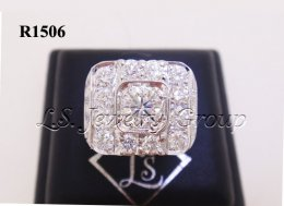 แหวนเพชรชายทรงสี่เหลี่ยม 0.70-2.05 Ct. เพชร H&A