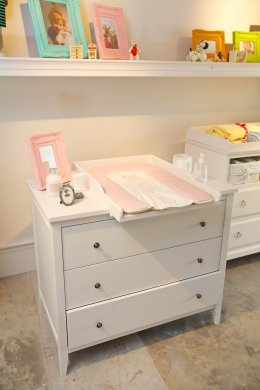 Troyes Changing Table With Tray