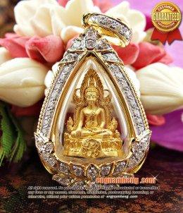 พระพุทธชินราช รุ่นแผ่นดินเกิดเนื้อทองคำ เลี่ยมกรอบทองคำฝังเพชรเบลเยี่ยม สวยมากๆค่ะ