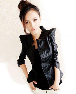 [*พร้อมส่ง L] [An-001] AnnaSu++เสื้อสูท++เสื้อสูทหนังสีดำ ไหล่ตั้ง แขนยาว สูทเข้ารูป