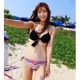 [[พร้อมส่ง]] [SH-004] SH++ชุดว่ายน้ำ++Bikini ชุดว่ายน้ำสีดำหน้าอกห้อยพู่สวยๆ กางเกงว่ายน้ำลาย