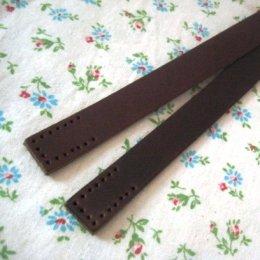 สายกระเป๋าหนังแท้ กว้าง 2 cm. ความยาวตลอดเส้น 44 cm. เลือกสีด้านในค่ะ