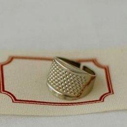 ปลอกนิ้วสำหรับดันเข็ม ขนาดเส้นผ่านศูนย์กลาง 1.8 cm.