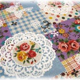 ผ้า cotton linen ญี่ปุ่น ลาย patchwork ดอกพื้นฟ้า ขนาด 1/4 m. (50*55 ซม.)