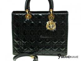 Christian Dior Lady Dior 12 Black Patent GHW- Used Authentic Bag กระเป๋าคริสเตียนดิออร์ รุ่นเลดี้ดิออร์ ไซส์12 หนังแก้วสีดำอะไหล่ทอง มีสายสะพายยาว ของแท้มือสองสภาพดีค่ะ