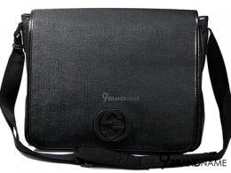 Gucci massenger Bag Black Canvas กระเป๋าใส่เอกสาร โน๊ตบุค หนังวาสสีดำ ขอบหนัง โลโก้ GG ไคว้ด้านหน้า สายผ้าทนสุดๆ  ปรับสายได้  ของแท้มือสองสภาพดีค่า