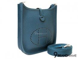 Hermes Mini Evelyne III Clemence Denim Blue Size TPM  - Used Authentic Bag  กระเป๋า แอร์เมส  มินิ เอฟเวอร์ลีน สีน้ำเงิน หนังเครเมนสวย ครอสบอดี้ได้ ฉลุตัว H ด้านหน้า สวยหรูมากๆคะ