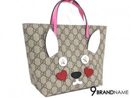 Gucci mini handbag Rabbit - Authentic Bag กระเป๋า กุซซี่ มินิ ลายกระต่าย หนังแคนวาสลายโลโก้สวย รุ่นสุดฮิตในตอนนี้ หูสีชมพู ถือแล้วเก๋มากค่ะ สาวๆห้ามพลาดหายากขึ้นเรื่อยๆค่ะรุ่นนี้