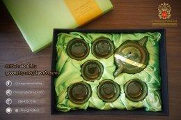 ชุดกิ๊ฟเซ็ท กล่องผ้าไหม (ชุดชงชาเซรามิก) สีเขียว