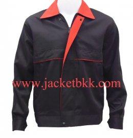 เสื้อแจ๊คเก็ตตัดต่อแบบ A สีดำปกแดง ผ้าคอม 60