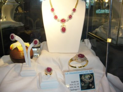 Ploi Thai Jewelry Creation Award in Bangkok Gems & Jewelry Fair ครั้งที่ 46 September 2010 by L.S. Jewelry Group