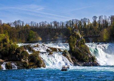 น้ำตกไรน์ Rhine Falls