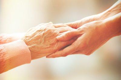 การทำศัลยกรรมตาในคนสูงอายุ