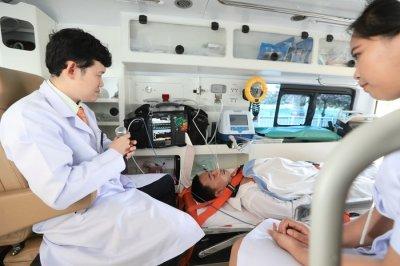 """""""ศูนย์การแพทย์จุฬาภรณ์เฉลิมพระเกียรติ""""   พร้อมเปิดให้บริการอย่างเป็นทางการ"""